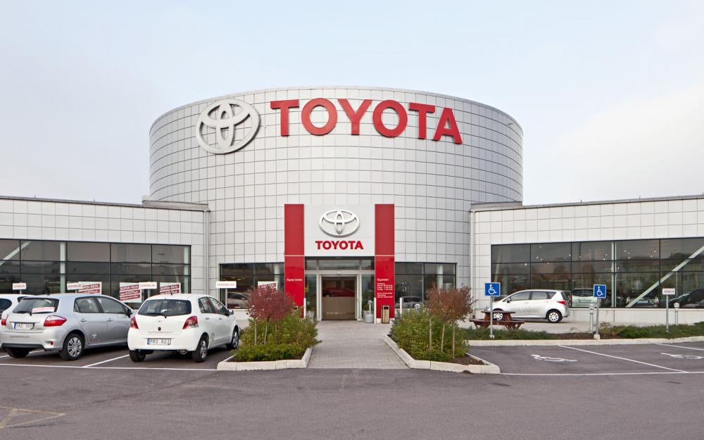 BaltLED Toyota signage