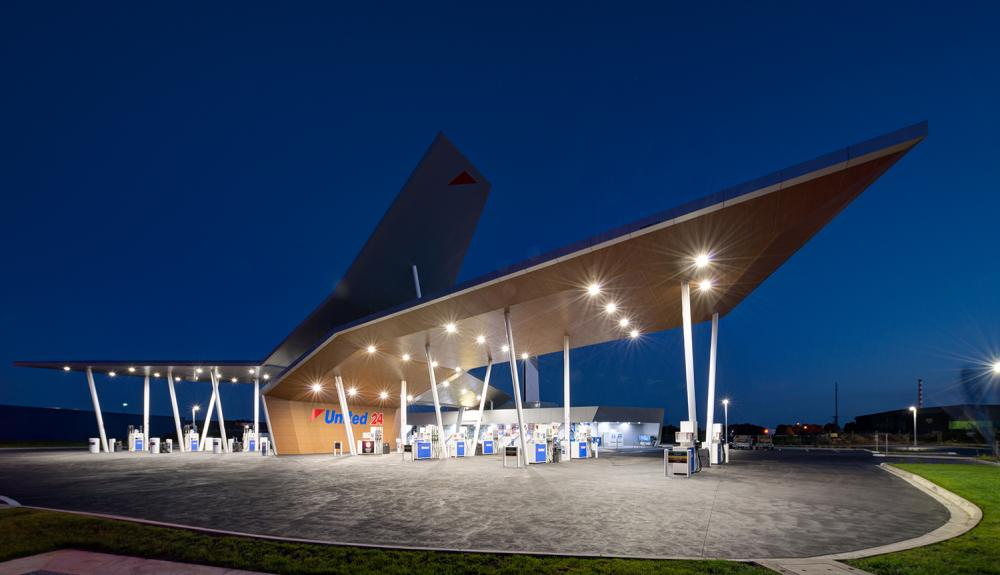 PDL3 MODUS Canopy Light - United Petroleum Geelong Gate